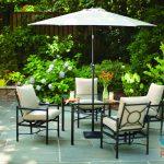 arranging patio furniture